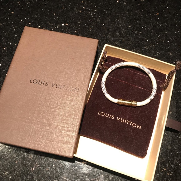 a4b9d723a5c Louis Vuitton Keep It Bracelet Damier Azur